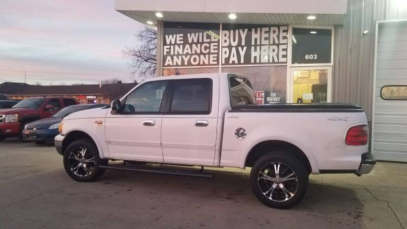 2003 Ford F-150 for sale at STERLING MOTORS in Watertown SD