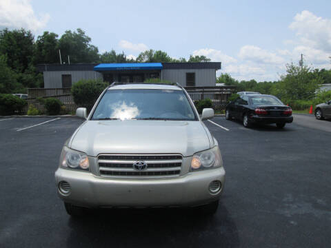 2003 Toyota Highlander for sale at Olde Mill Motors in Angier NC