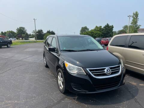 2010 Volkswagen Routan for sale at Pine Auto Sales in Paw Paw MI