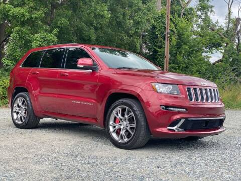 2013 Jeep Grand Cherokee for sale at Charlie's Used Cars in Thomasville NC