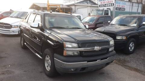 2005 Chevrolet Avalanche for sale at Rocket Center Auto Sales in Mount Carmel TN