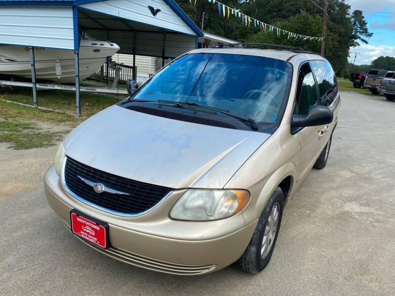 2001 Chrysler Town and Country for sale at Southtown Auto Sales in Whiteville NC