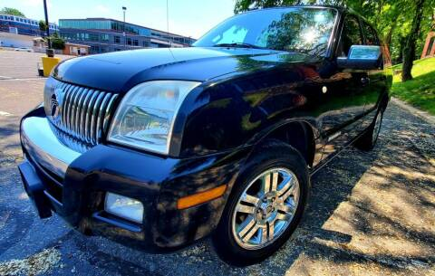 2008 Mercury Mountaineer for sale at Auto Wholesalers Of Rockville in Rockville MD