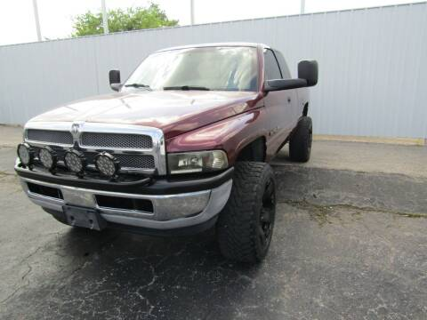 2001 Dodge Ram Pickup 1500 for sale at AJA AUTO SALES INC in South Houston TX