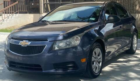 2013 Chevrolet Cruze for sale at Mr Cars LLC in Houston TX