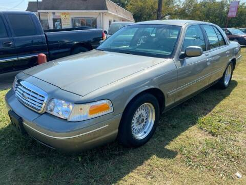 1998 Ford Crown Victoria for sale at Texas Select Autos LLC in Mckinney TX
