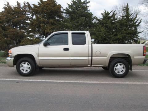 2004 GMC Sierra 1500 for sale at Joe's Motor Company in Hazard NE