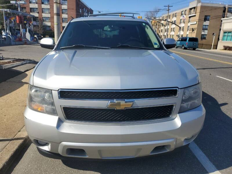 2011 Chevrolet Suburban for sale at OFIER AUTO SALES in Freeport NY