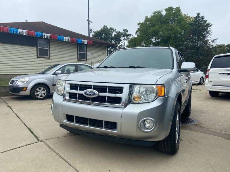 2008 Ford Escape for sale at 3M AUTO GROUP in Elkhart IN