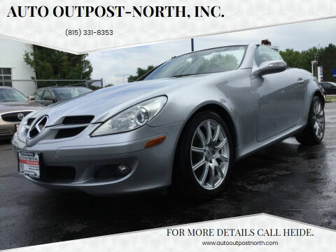 2006 Mercedes-Benz SLK for sale at Auto Outpost-North, Inc. in McHenry IL