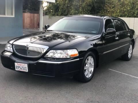 2008 Lincoln Town Car for sale at JENIN MOTORS in Hayward CA