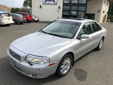 2005 Volvo S80 for sale at MAGIC AUTO SALES in Little Ferry NJ