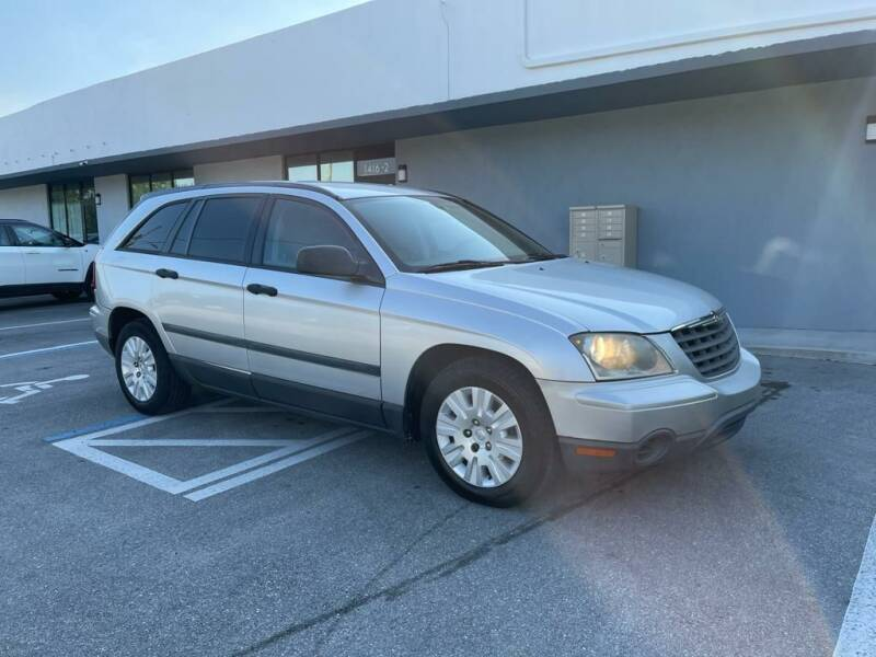 2006 Chrysler Pacifica for sale at UNITED AUTO BROKERS in Hollywood FL
