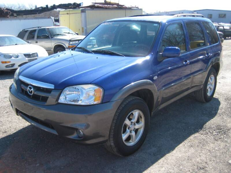 2006 Mazda Tribute for sale at Carz R Us 1 Heyworth IL - Carz R Us Armington IL in Armington IL