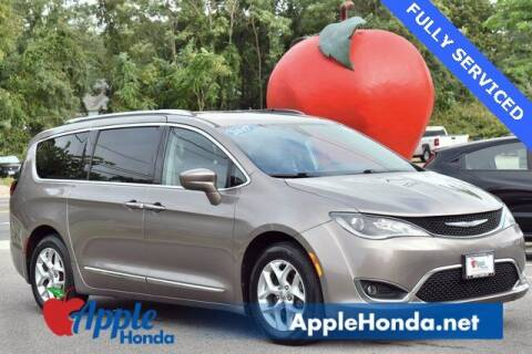 2017 Chrysler Pacifica for sale at APPLE HONDA in Riverhead NY