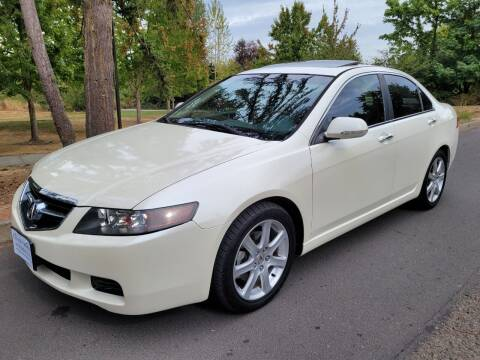 2005 Acura TSX for sale at CLEAR CHOICE AUTOMOTIVE in Milwaukie OR