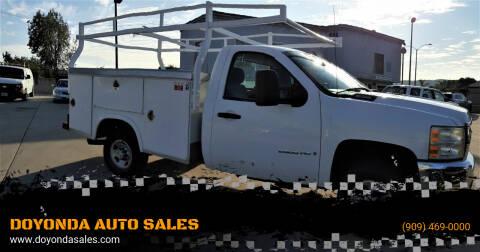 2008 Chevrolet Silverado 2500HD for sale at DOYONDA AUTO SALES in Pomona CA