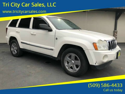 2005 Jeep Grand Cherokee for sale at Tri City Car Sales, LLC in Kennewick WA