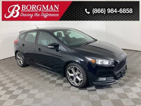 2016 Ford Focus for sale at BORGMAN OF HOLLAND LLC in Holland MI