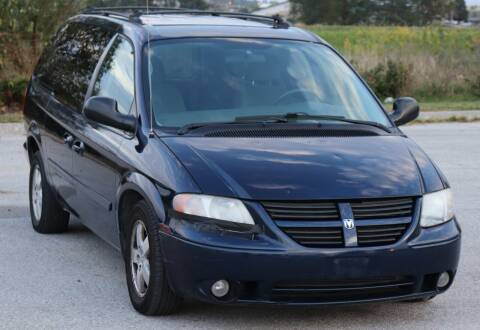 2005 Dodge Grand Caravan for sale at Big O Auto LLC in Omaha NE