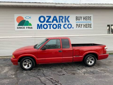 1997 GMC Sonoma for sale at OZARK MOTOR CO in Springfield MO
