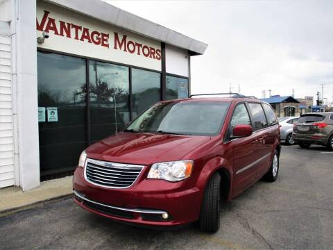2015 Chrysler Town and Country for sale at Vantage Motors LLC in Raytown MO