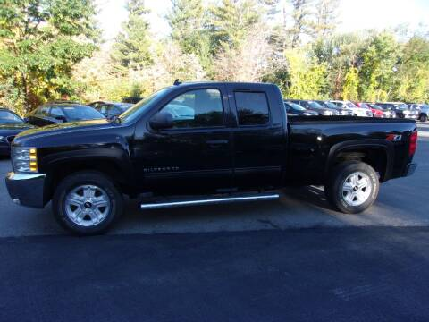 2013 Chevrolet Silverado 1500 for sale at Mark's Discount Truck & Auto in Londonderry NH