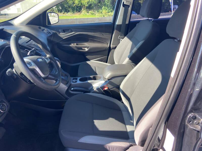 2014 Ford Escape for sale at GALANTE AUTO SALES LLC in Aston PA