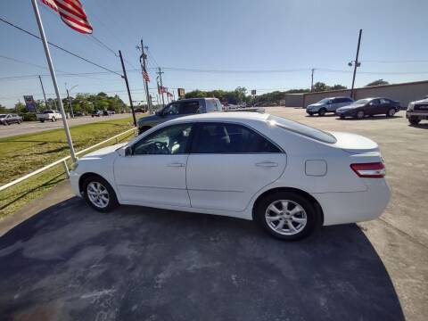 2011 Toyota Camry for sale at BIG 7 USED CARS INC in League City TX