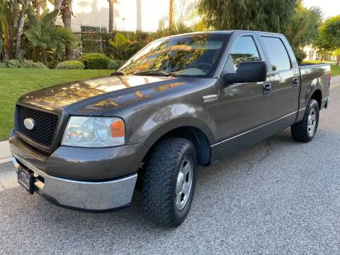 2006 Ford F-150 for sale at Donada  Group Inc in Arleta CA