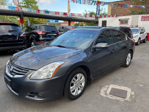 2010 Nissan Altima for sale at Gallery Auto Sales in Bronx NY