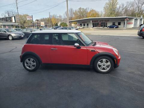 2006 MINI Cooper for sale at Deals on Wheels in Oshkosh WI