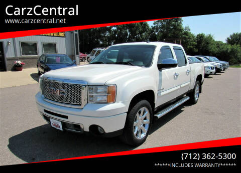 2010 GMC Sierra 1500 for sale at CarzCentral in Estherville IA