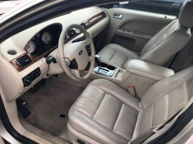 2006 Ford Five Hundred Limited 4dr Sedan - South Chicago Heights IL