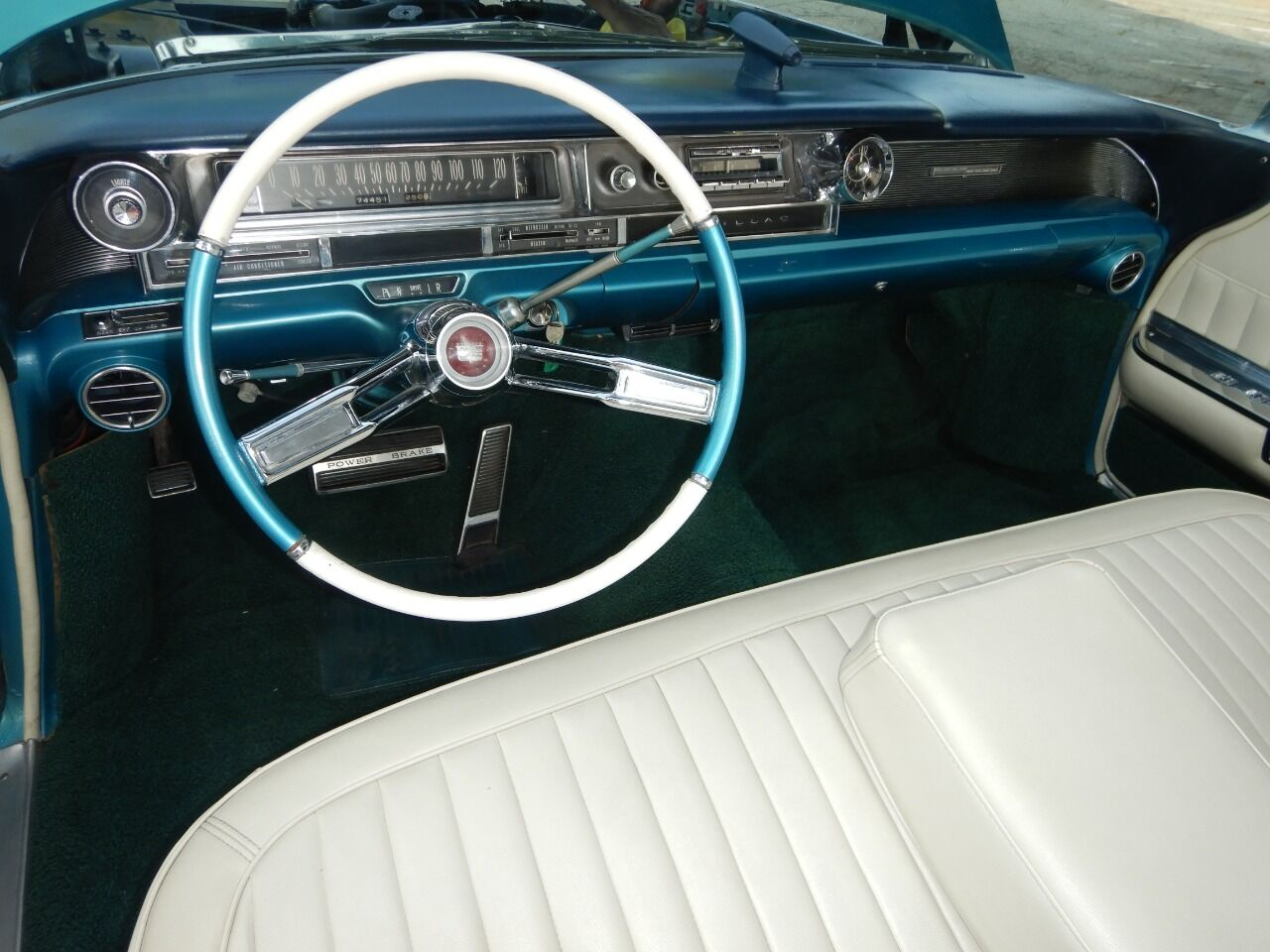1961 Cadillac Eldorado Biarritz 42