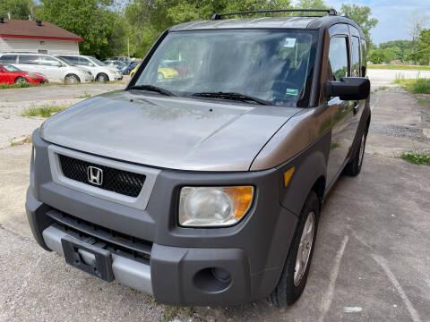 2003 Honda Element for sale at Best Deal Motors in Saint Charles MO