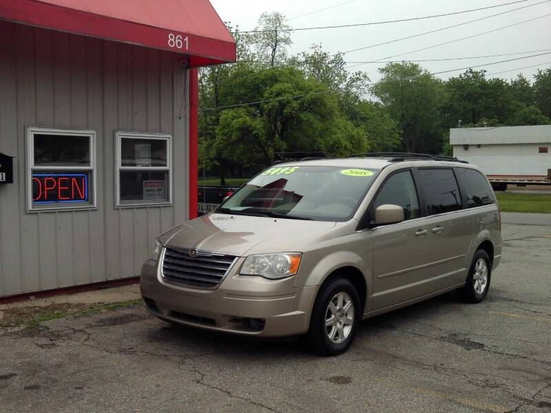 2008 Chrysler Town and Country for sale at Midwest Auto & Truck 2 LLC in Mansfield OH