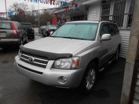 2006 Toyota Highlander Hybrid for sale at N H AUTO WHOLESALERS in Roslindale MA
