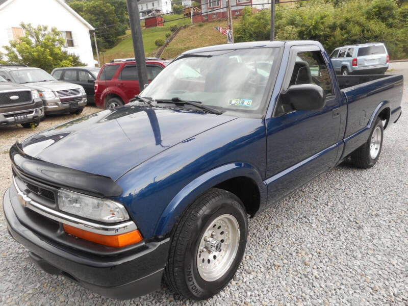 2003 Chevrolet S-10 for sale at Sleepy Hollow Motors in New Eagle PA