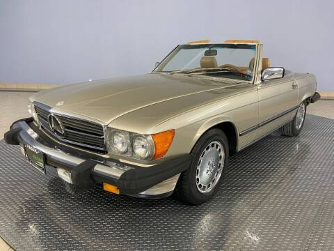 1988 Mercedes-Benz 560-Class for sale at Hagan Automotive in Chatham IL