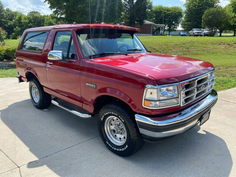 1995 Ford Bronco for sale at HIGHWAY 12 MOTORSPORTS in Nashville TN