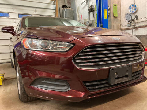 2013 Ford Fusion for sale at Apple Auto Sales Inc in Camillus NY