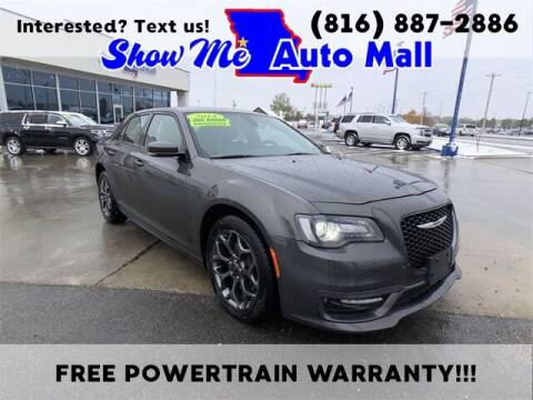 2018 Chrysler 300 for sale at Show Me Auto Mall in Harrisonville MO
