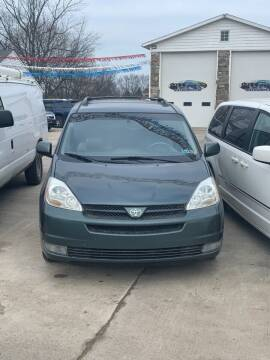 2003 Chrysler Town and Country for sale at Bizzarro's Championship Auto Row in Erie PA