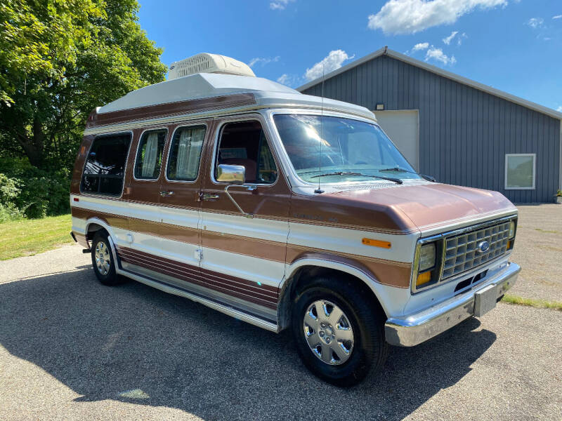 1990 Ford Econoline 150 for sale at D & L Auto Sales in Wayland MI