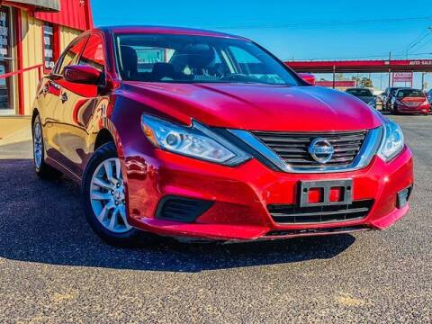 2016 Nissan Altima for sale at MAGNA CUM LAUDE AUTO COMPANY in Lubbock TX
