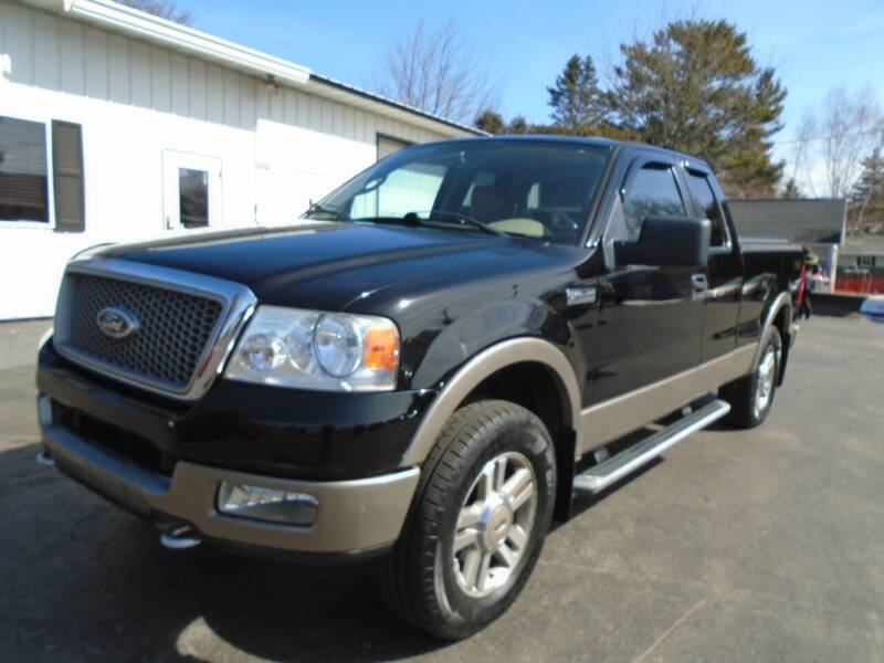 2005 Ford F-150 for sale at NORTHLAND AUTO SALES in Dale WI