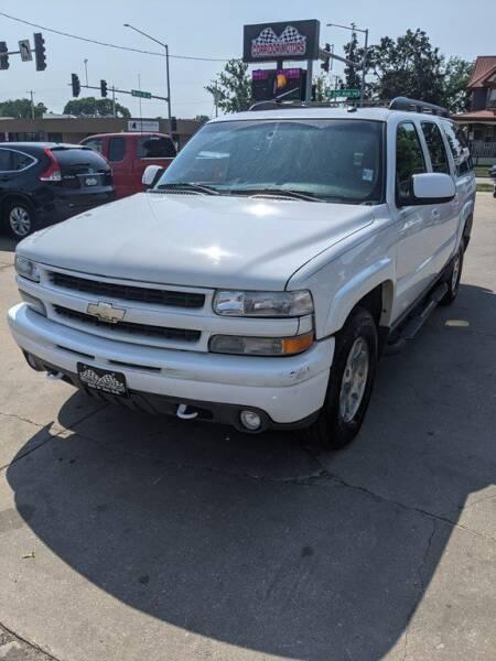 2004 Chevrolet Suburban for sale at Corridor Motors in Cedar Rapids IA