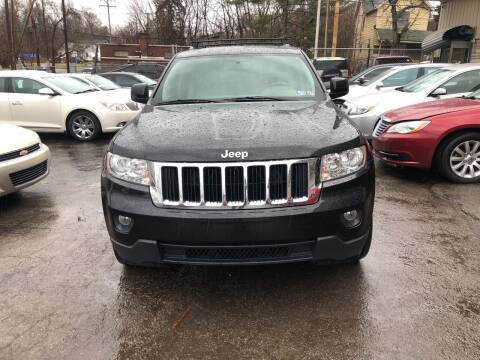 2013 Jeep Grand Cherokee for sale at Six Brothers Auto Sales in Youngstown OH