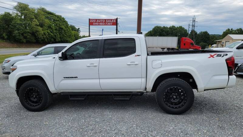2018 Toyota Tacoma for sale at 220 Auto Sales in Rocky Mount VA